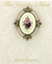 Vintage Victorian Style Brooch - Porcelain/Flowers Stone
