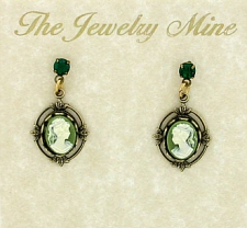 Vintage Victorian Crystal Post Cameo Earrings - Green