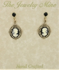 Vintage Victorian Crystal Post Cameo Earrings- Jet