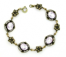 Vintage Inspired Victorian Style Cameo Bracelet - Lilac Cameo